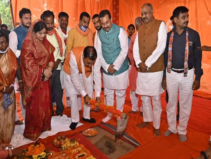तीन तहसीलों में 5 अरब की लागत से बनने वाली परियोजनाओं का शिलान्यास व लोकार्पण केशव प्रसाद मौर्या ने किया।