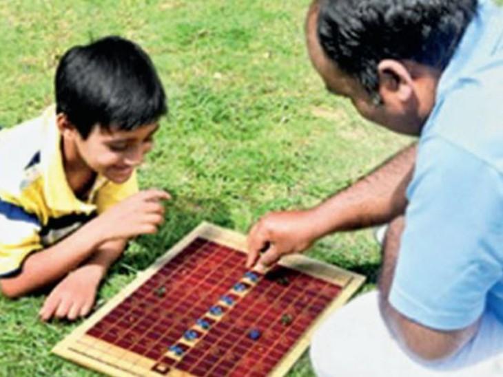 बच्चों को फिजिकली एक्टिव रखने के लिए एसपीए स्टूडेंट्स ने डिजाइन किए जेंडर सेंस्टिविटी, महाभारत और खाे-खाे से इंस्पायर्ड इंडाेर गेम्स|भोपाल,Bhopal - Dainik Bhaskar