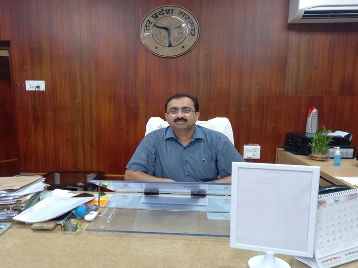 नगर निगम, PWD और जलनिगम के अधिकारियों को लगाई फटकार; बोले- दो दिन में पानी नहीं निकला तो कार्रवाई को तैयार रहें अधिकारी|गोरखपुर,Gorakhpur - Dainik Bhaskar