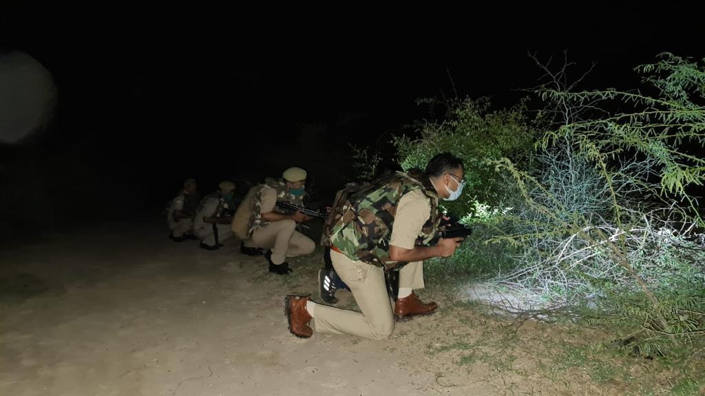 21 जुलाई की रात मुठभेड़ में पुलिस ने डॉक्टर के किडनैपर बदन सिंंह को मार गिराया। - Dainik Bhaskar