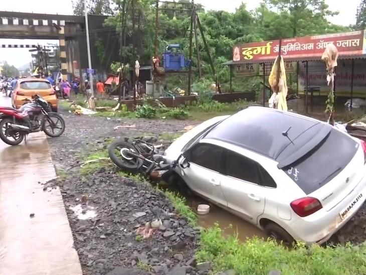 रत्नागिरी में ही बारिश की वजह से सबसे ज्यादा तबाही हुई है।