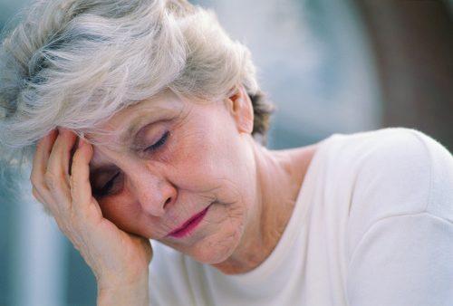 अक्सर थकान महसूस करते हैं तो डॉक्टर्स से इस बारे में बात करें।