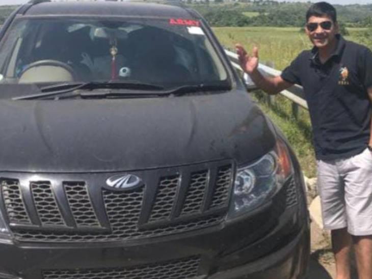 पिता अवधेश ने फोन पर बताया कि पंकज ने प्रारंभिक शिक्षा सीतापुर महोली निवासी मामा सुधाकर शुक्ला के यहां से की। उसके बाद इनका चयन सीडीएस में वर्ष 2008 में हो गया था।