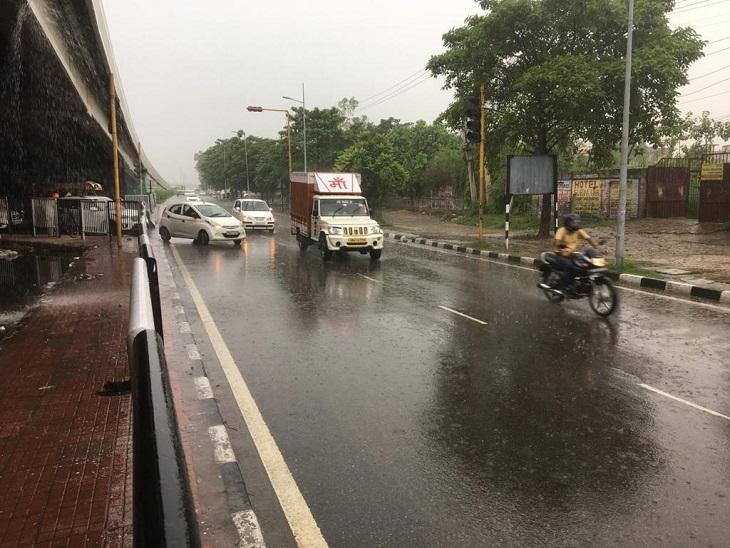 दोपहर बाद जमकर बरसे बदरा, गर्मी और उमस से मिली राहत, दोपहर के समय 5 डिग्री गिरा तापमान|पानीपत,Panipat - Dainik Bhaskar