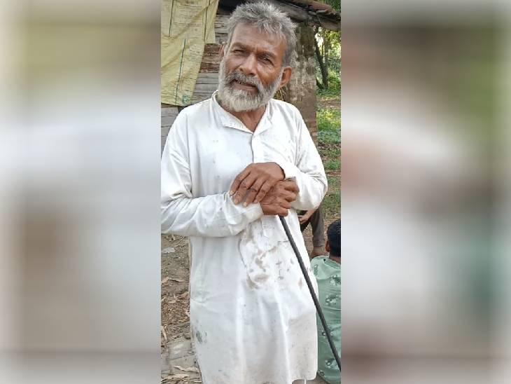 रात में घर से शराब पीने निकला था बुजुर्ग, सुबह सड़क किनारे मरा मिला; परिजनों ने लगाया हत्या का आरोप बरेली,Bareilly - Dainik Bhaskar