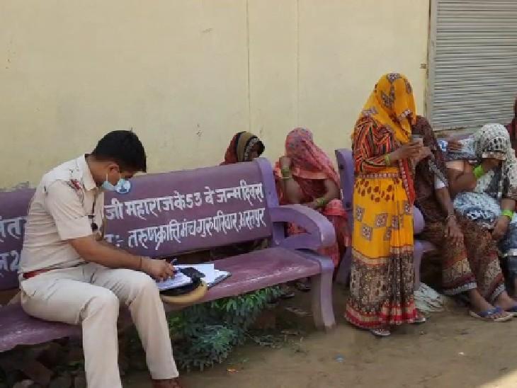 मालगाड़ी की चपेट में आने से शरीर के हुए टुकड़े, सुबह घर से बिना किसी से कुछ कहे निकला था 68 साल का बुजुर्ग|भरतपुर,Bharatpur - Dainik Bhaskar