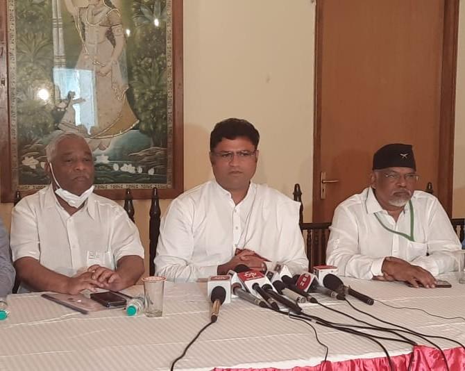 अशोक तंवर बोले- कांग्रेस का जी-23 गद्दारों का समूह, ब्लैकमेलर्स की पार्टी, बहुत से कांग्रेसी बीजेपी के एजेंट के तौर पर काम कर रहे|जयपुर,Jaipur - Dainik Bhaskar