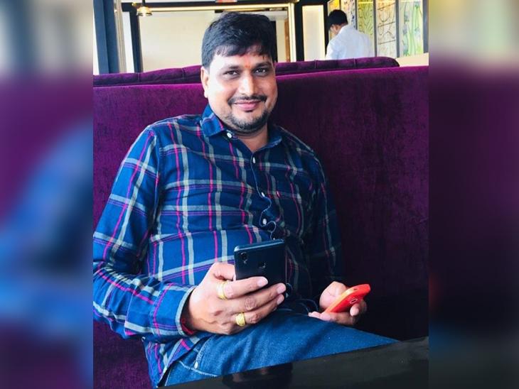 ग्राम पंचायत सेक्रेटरी की हत्या में 17 लोगों पर केस दर्ज; परिवार की मांगे पूरी करने का आश्वासन देकर कड़ी सुरक्षा के बीच हुआ अंतिम संस्कार गोरखपुर,Gorakhpur - Dainik Bhaskar