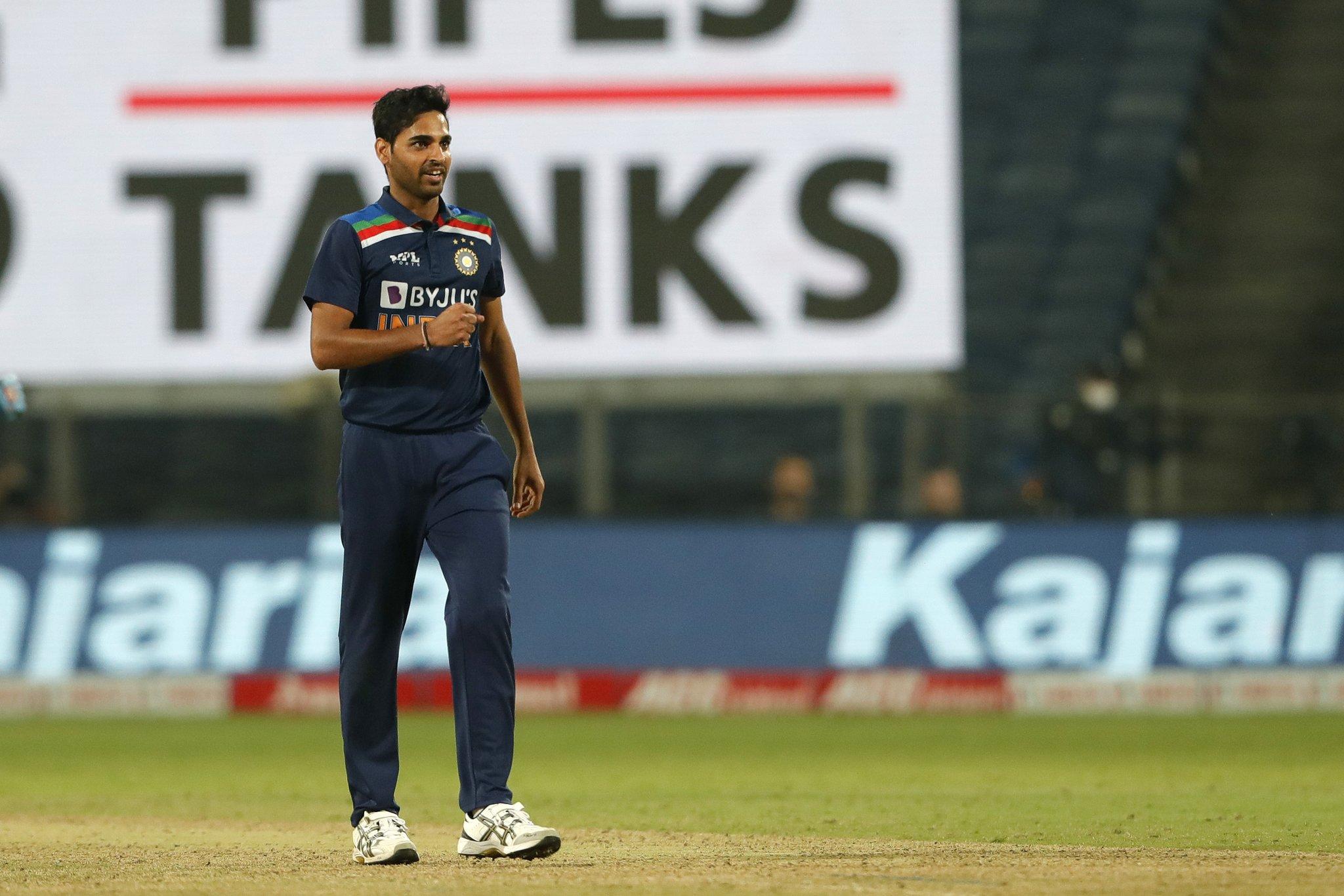 भुवनेश्वर को 4 विकेट के लिए मैन ऑफ द मैच अवॉर्ड दिया गया।