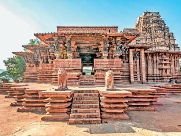 तस्वीर तेलंगाना के वारंगल स्थित काकतीय रुद्रेश्वर (रामप्पा) मंदिर की है। - Dainik Bhaskar