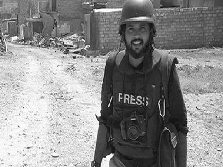 भारतीय फोटो पत्रकार दानिश सिद्दीकी बीती 16 जुलाई को अफगान सेना और तालिबान के बीच हुई क्रॉस फायरिंग में मारे गए थे। तालिबान प्रवक्ता जबीउल्लाह मुजाहिद ने इसे लेकर माफी मांगने से इनकार करते हुए कहा कि वे किसकी गोली से मारे गए, इस बारे में कुछ पता नहीं है।