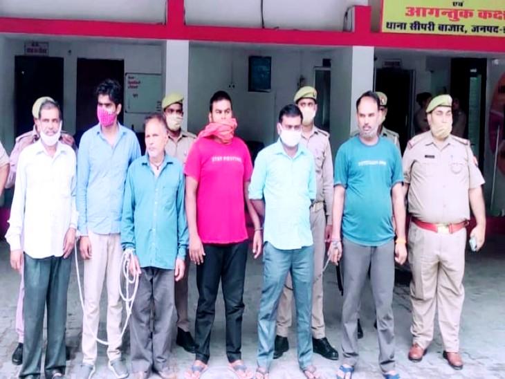 बीजेपी सांसद की दवा फैक्ट्री से दवा चुराकर करते थे मिलावट, बाजार में सस्ती दरों पर बेच देते थे; पुलिस ने 6 चोरों को दबोचा|झांसी,Jhansi - Dainik Bhaskar