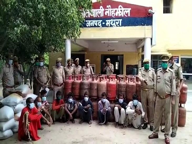 महिला की मदद से UP-बिहार व राजस्थान के बदमाश दे रहे थे मथुरा में वारदातों को अंजाम, प्लानिंग कर पुलिस ने गिरोह को दबोचा|मथुरा,Mathura - Dainik Bhaskar