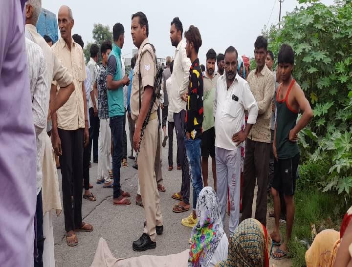 मेरठ में हादसे में हुई युवक की मौत के बाद गुस्साए ग्रामीणों ने हाईवे पर जाम लगाया, पुलिस से नोकझोंक|मेरठ,Meerut - Dainik Bhaskar