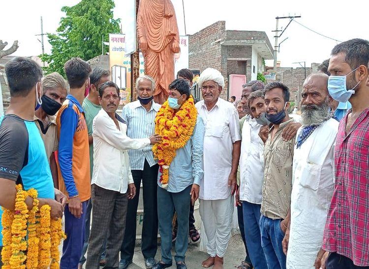 सुमेरपुर में त्रिकोणीय मुकाबले में निर्दलीय ने मारी बाजी तो सादड़ी में भाजपा की जीत|राजस्थान,Rajasthan - Dainik Bhaskar