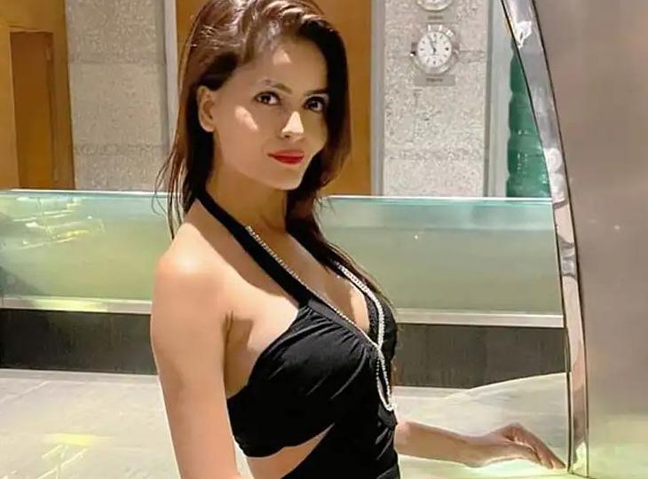 गहना वशिष्ठ पर गंभीर आरोप, पीड़िता ने कहा-शूटिंग के नाम पर कई लोगों ने जबरन बनाए फिजिकल रिलेशन, गहना ने धमकी देकर करवाई थी शूटिंग|बॉलीवुड,Bollywood - Dainik Bhaskar