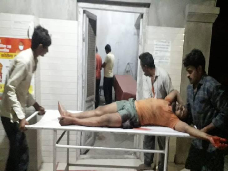 जौनपुर में युवक को मारी गोली: दुकान बंद कर घर लौटते वक्त हुआ हमला, घायल के पिता ने कहा- गांव के एक गांजा बेचने वाले ने दी थी धमकी