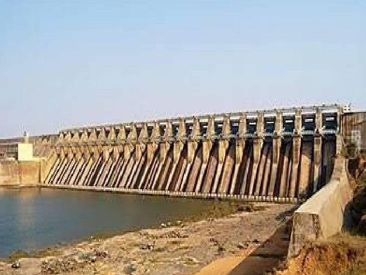 अभी डैम में 416.60 मीटर ही जलस्तर पहुंचा; दो दिन से कम बारिश के चलते टालना पड़ा निर्णय|जबलपुर,Jabalpur - Dainik Bhaskar