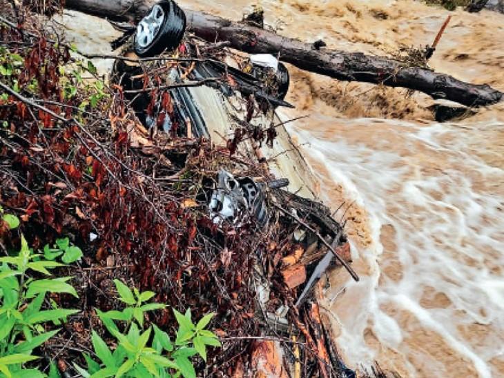 10 की मौत, 6 लापता, लाहौल-स्पीति, कुल्लू और चंबा जिलों में बारिश से भारी नुकसान; भूस्खलन से 399 सड़कें बंद|हिमाचल,Himachal - Dainik Bhaskar