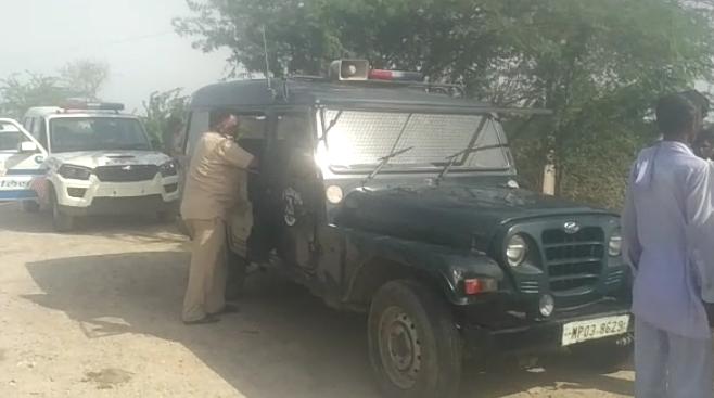 फाइल फोटो घटना स्थल पर मौजूद पुलिस का