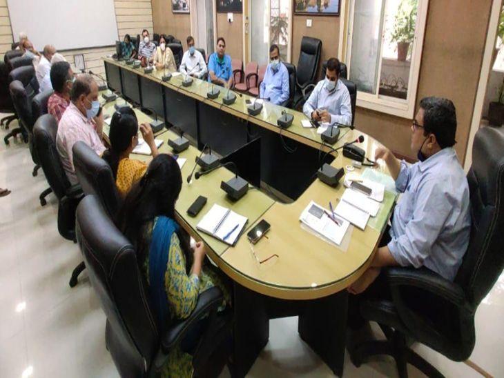 इंदौर में 18 साल से कम उम्र के बच्चों में जांचेंगे एंटीबॉडी, 40 टीमें लेंगी सैंपल|इंदौर,Indore - Dainik Bhaskar