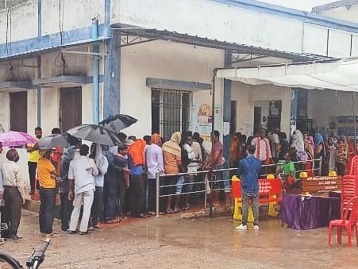 केंद्रों पर सुबह कम पहुंचे लोग, दोपहर बाद बढ़ी भीड़, 23,305 ने लगवाई वैक्सीन|ग्वालियर,Gwalior - Dainik Bhaskar