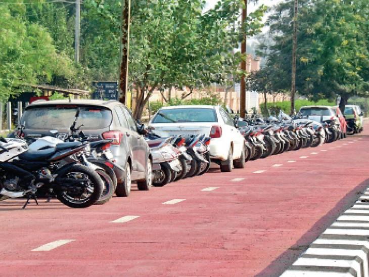 टूटा-फूटा साइकिल ट्रैक, उस पर जानवरों का जमघट; लोगों के इसी फीडबैक से साइकिल फॉर चेंज की टॉप-25 की लिस्ट से भोपाल बाहर|भोपाल,Bhopal - Dainik Bhaskar