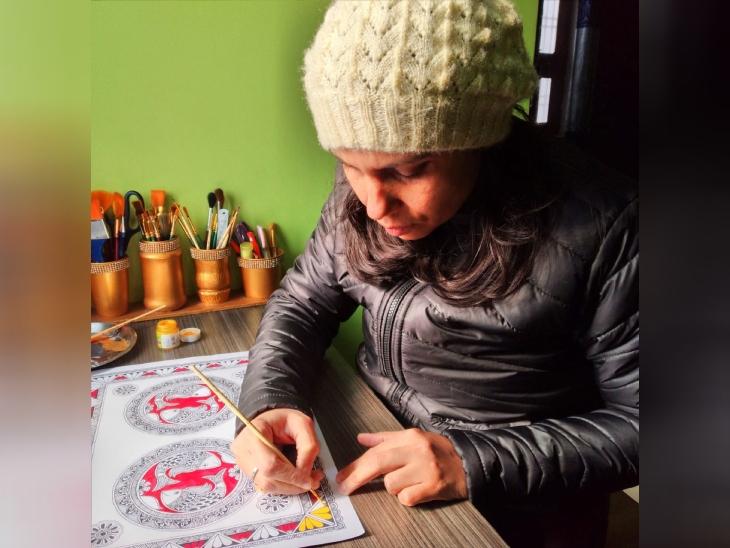 विनीता को बचपन से ही आर्ट में दिलचस्पी रही है। उनके मधुबनी पेंटिंग्स की डिमांड बिहार के बाहर भी है।
