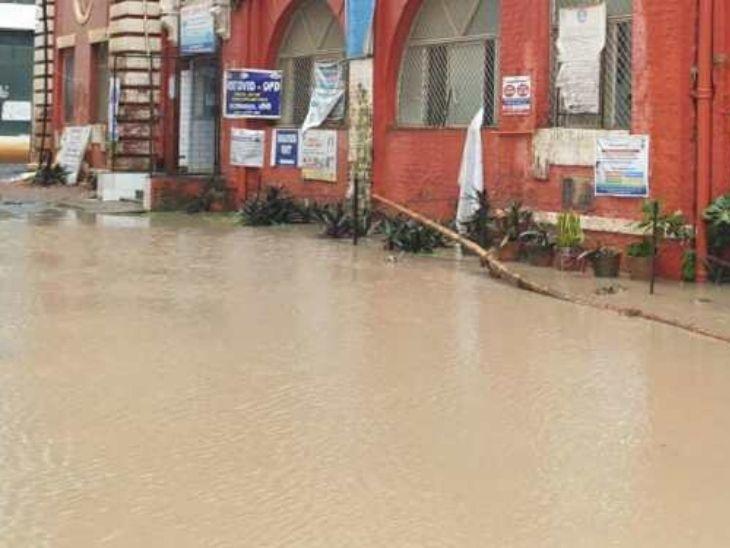 रांची में 24 घंटे में 150 मिमी से ज्यादा बारिश, निगम की सारी तैयारियों फेल, पानी-पानी हुआ शहर|रांची,Ranchi - Dainik Bhaskar