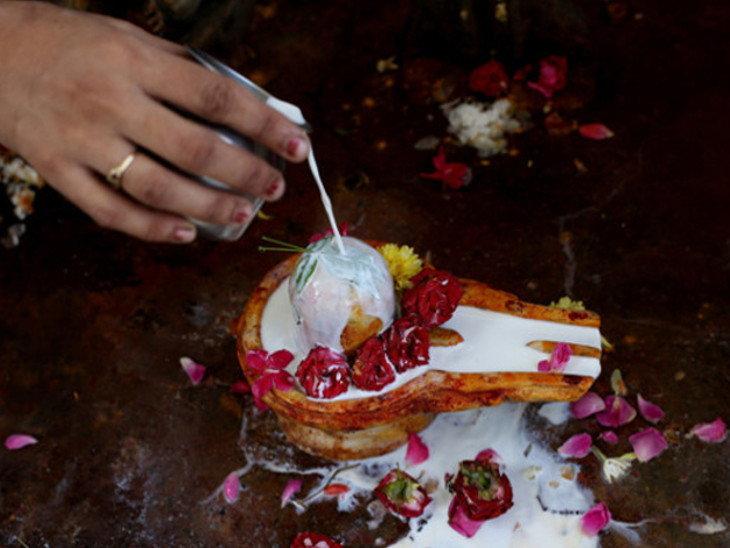दो शुभ योग और प्रदोष काल में शिव पूजा से दूर होंगी हर तरह की परेशानियां|धर्म,Dharm - Dainik Bhaskar