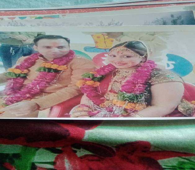 चाैथी पत्नी नगमा ने आरोप लगाया है कि बशीर ने हिंदू लड़की से भी शादी की थी।