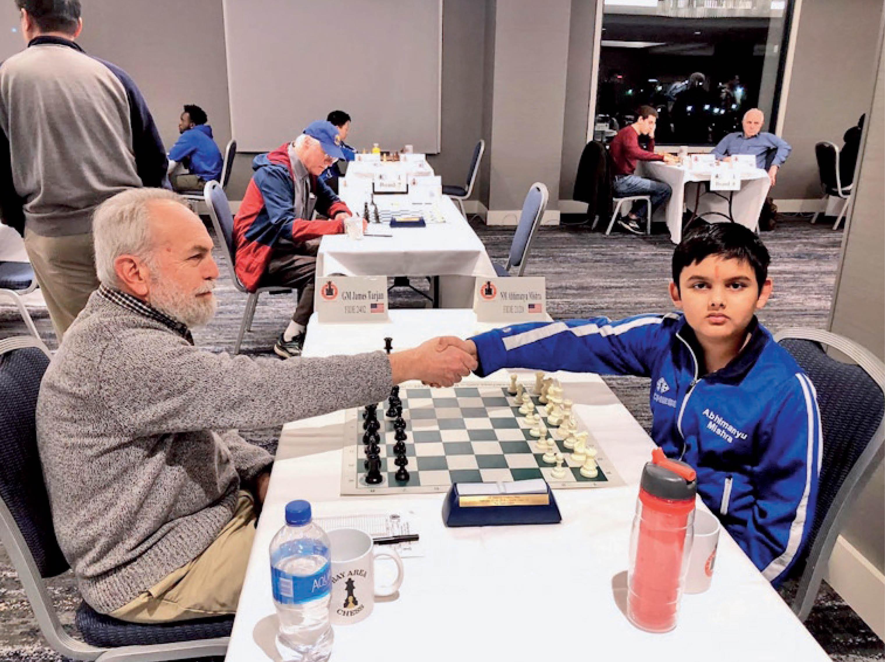 पापा ने मोबाइल से दूर रखने के लिए शतरंज सिखाया, वक्त दे सकूं इसलिए एक साल में ही 5वीं-छठी का कोर्स पूरा कर लिया: अभिमन्यु विदेश,International - Dainik Bhaskar