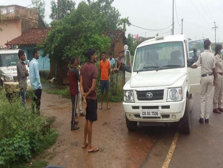 घर में घुसकर बदमाश ने लूटी चेन, आंगन में बैठी महिला का मुंह दबाकर छीन ले गया|बिलासपुर,Bilaspur - Dainik Bhaskar