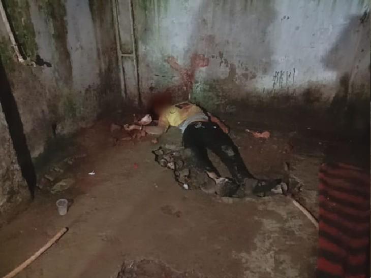 ग्वालियर में सुनसान इलाके में मिलने बुलाया; मुंह और सिर पर हथौड़ा मारकर कर दी हत्या|ग्वालियर,Gwalior - Dainik Bhaskar