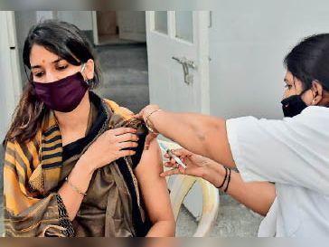 पंजाब में 32% को लगा राहत का टीका युवाओं के मुकाबले बुजुर्ग 30 % ज्यादा जालंधर,Jalandhar - Dainik Bhaskar