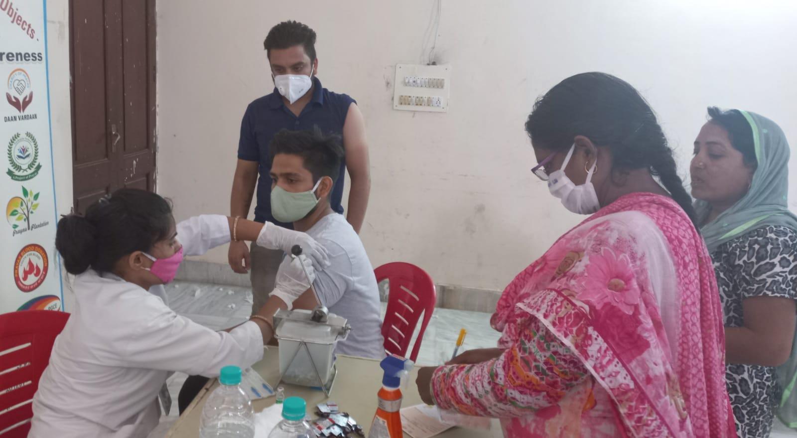 177 केंद्रों पर लगाई जाएगी 30 हजार लोगों का वैक्सीनेशन, अब तक 7 लाख 60 से ज्यादा डोज लगाई गई|मथुरा,Mathura - Dainik Bhaskar