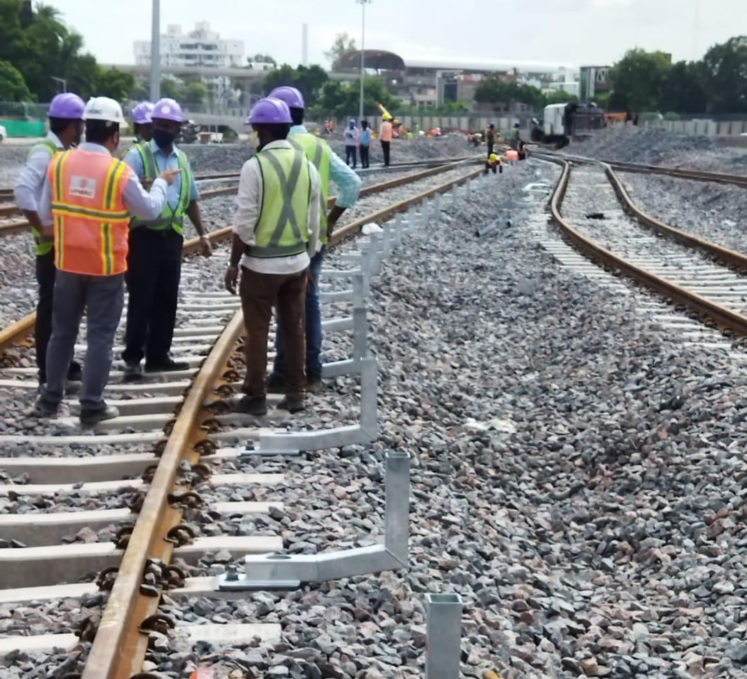 खराबी आने के बाद भी बीच रास्ते में मेट्रो नहीं छोड़ेगी साथ, IIT से मोतीझील के बीच थर्ड लाइन का काम शुरू कानपुर,Kanpur - Dainik Bhaskar