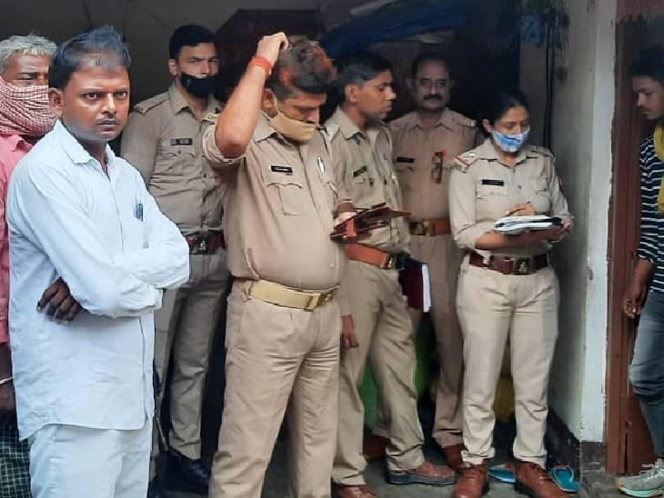 18 महीने पहले हुई थी शादी, फांसी के फंदे से लटकता मिला शव; मायके पक्ष के लोगों ने हंगामा काटा, हत्या का आरोप लगाया|झांसी,Jhansi - Dainik Bhaskar