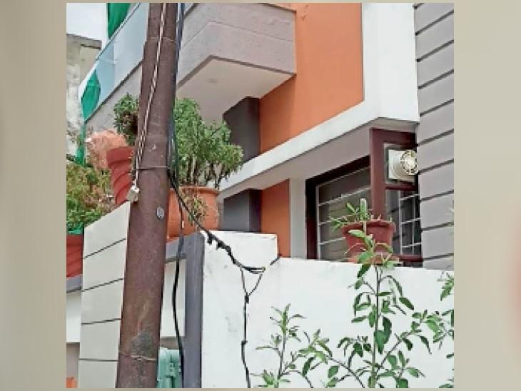निर्माणाधीन कोठी में कुंडी डालकर कांट्रैक्टर कर रहा था बिजली चोरी, 3 लाख रुपए लगाया जुर्माना जालंधर,Jalandhar - Dainik Bhaskar