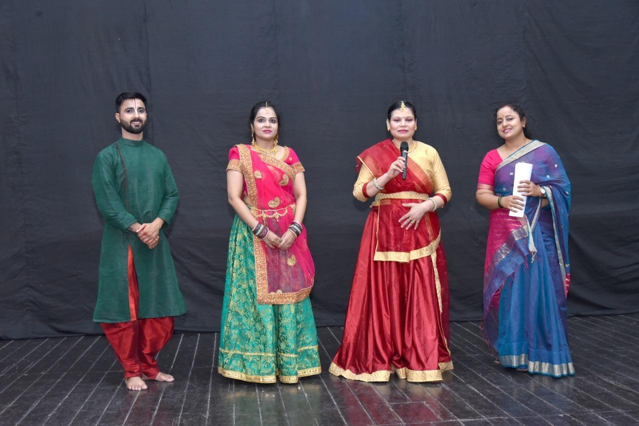 शिव तांडव, कृष्ण लीला ने छात्रों का मन मोहा|कानपुर,Kanpur - Dainik Bhaskar