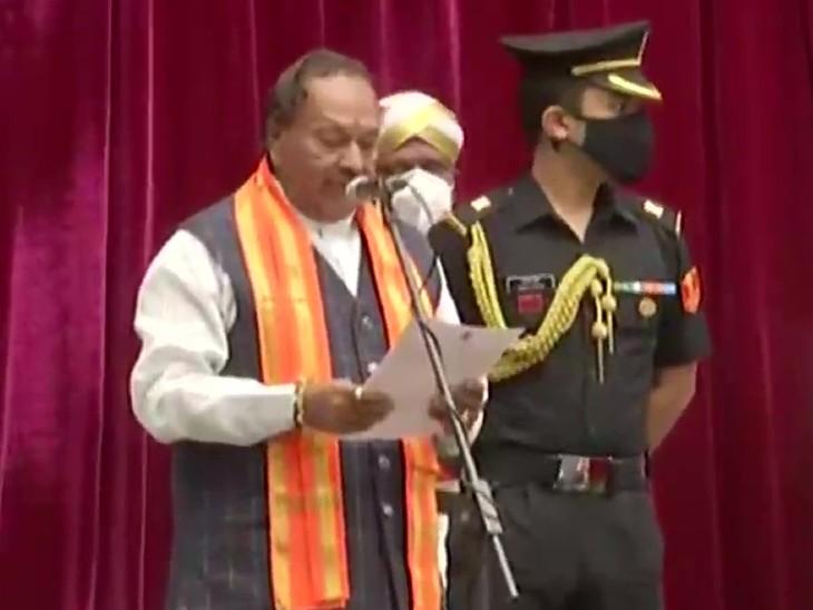 कर्नाटक की नई कैबिनेट में 29 मंत्री शामिल कोई डिप्टी सीएम नहीं बीएस येदियुरप्पा के बेटे को जगह नहीं मिली