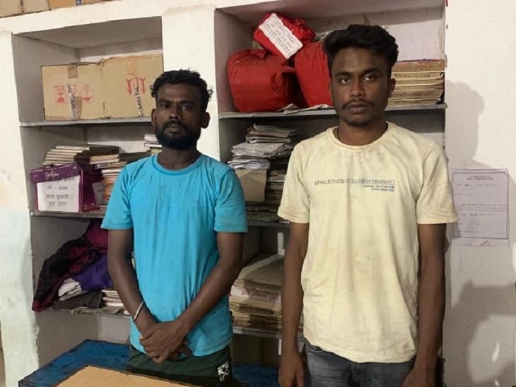 दुर्ग के फार्म हाउस और बंद कारखाने से 14 लाख की शराब बरामद, चंडीगढ़ से लाकर अरुणाचल प्रदेश में थी खपाने की तैयारी; 2 गिरफ्तार भिलाई,Bhilai - Dainik Bhaskar