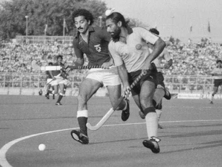 राजेंद्र सिंह जूनियर इंडिया टीम के कोच भी रहे हैं और वह 1980 में गोल्ड मेडल जीतने वाली टीम के सदस्य भी थे।