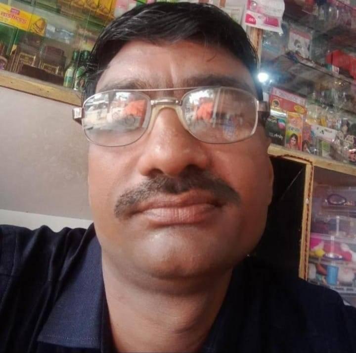 सुबह साले को फोन कर कहा- 1.50 लाख रुपये की जरूरत, नहीं देंगे तो बुरा हो जाएगा फिर फंदे से लटकता मिला शव|जौनपुर,Jaunpur - Dainik Bhaskar