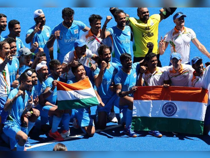 भारतीय पुरुष हॉकी टीम ने ओलिंपिक में 41 साल बाद जीता मेडल, शाहरुख खान, अक्षय कुमार समेत कई बॉलीवुड सेलेब्स ने दी बधाई बॉलीवुड,Bollywood - Dainik Bhaskar