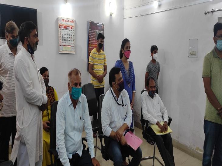 तीन दिनों से लापता सर्राफ के परिजनों का आरोप, आरोपित व्याज लेने के बाद कहते थे हाथ जोड़ो, पैर छुओ|बरेली,Bareilly - Dainik Bhaskar