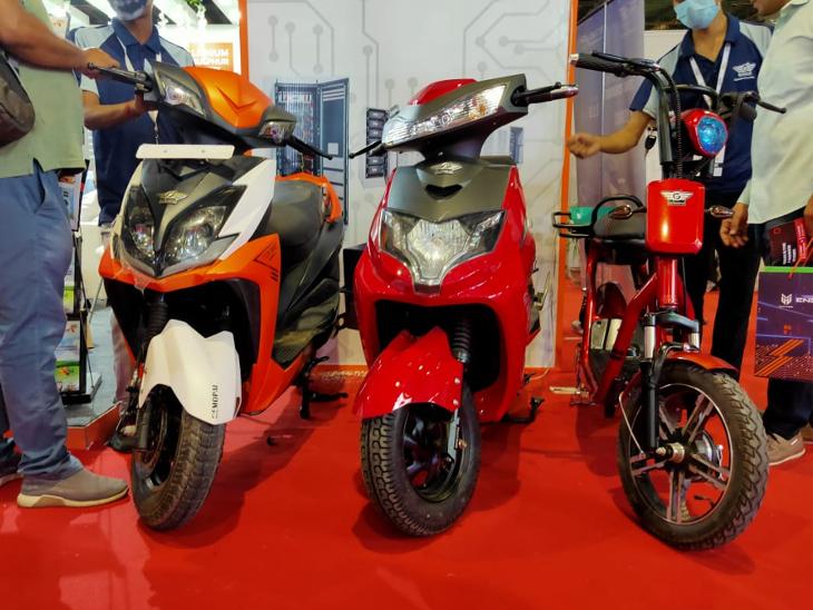 अल्टीअस ने लॉन्च की 150km चलने वाली ई-बाइक, कीमत 48 हजार रुपए; इलेक्ट्रिक थ्री-व्हीलर और कॉमर्शियल व्हीकल भी लॉन्च|टेक & ऑटो,Tech & Auto - Dainik Bhaskar