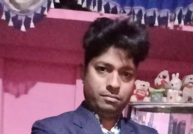खंदौली में सांड से ऑटो टकराने पर होमगार्ड की मौत, सिकंदरा में कार ने आटो में टक्कर मारी, सब्जी विक्रेता की मौत आगरा,Agra - Dainik Bhaskar