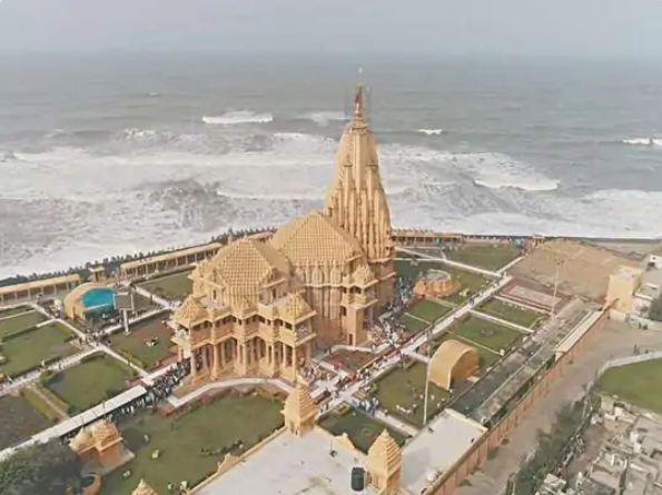 मां पार्वती का भव्य मंदिर यज्ञ मंडप के पास सफेद संगमरमर से सुसज्जित होगा।