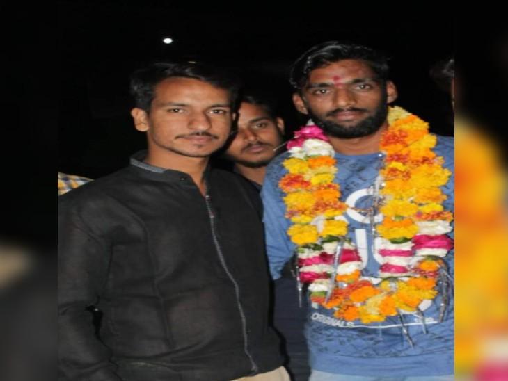 मोहना में बहे थे दो दोस्त, दूसरे का शव 5 दिन बाद नाले में झाड़ियों में फंसा मिला, लोगों में पुलिस को लेकर था गुस्सा|ग्वालियर,Gwalior - Dainik Bhaskar
